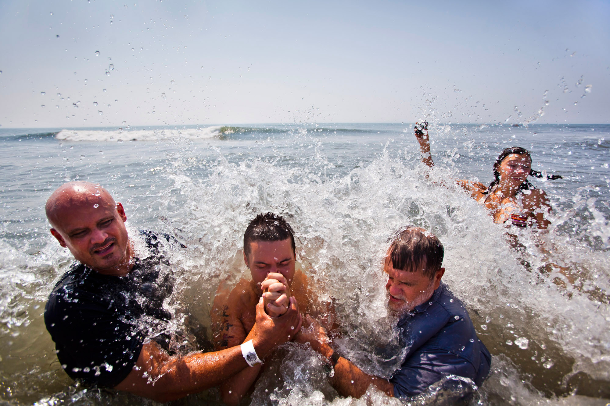 USA FEATURE PACKAGE OUTDOOR BAPTISMS